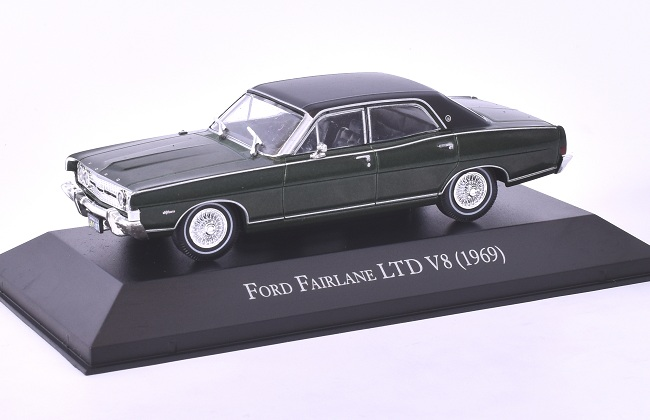 FORD FAIRLANE LTD V8 - 1969 1:43 časopis s modelem