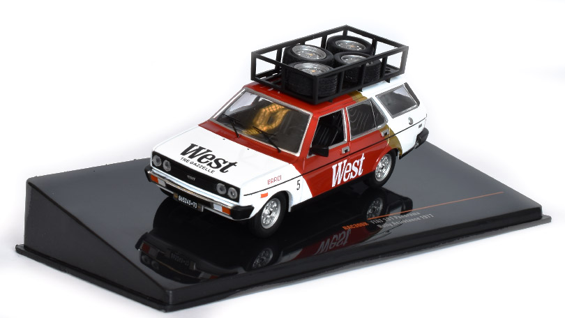 Fiat 131 Panorama West doprovod 1979 1:43 - IXO Models