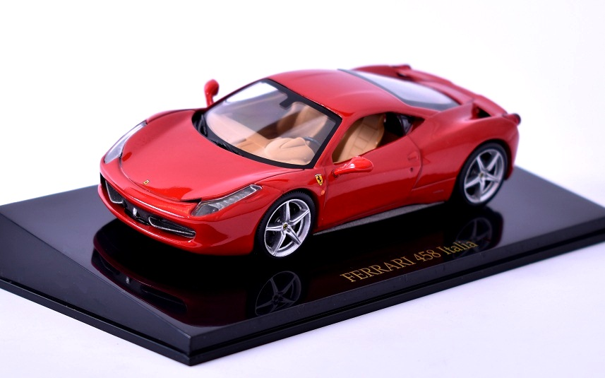 Ferrari 458 Italia 1:43 Ferrari Collection časopis s modelem