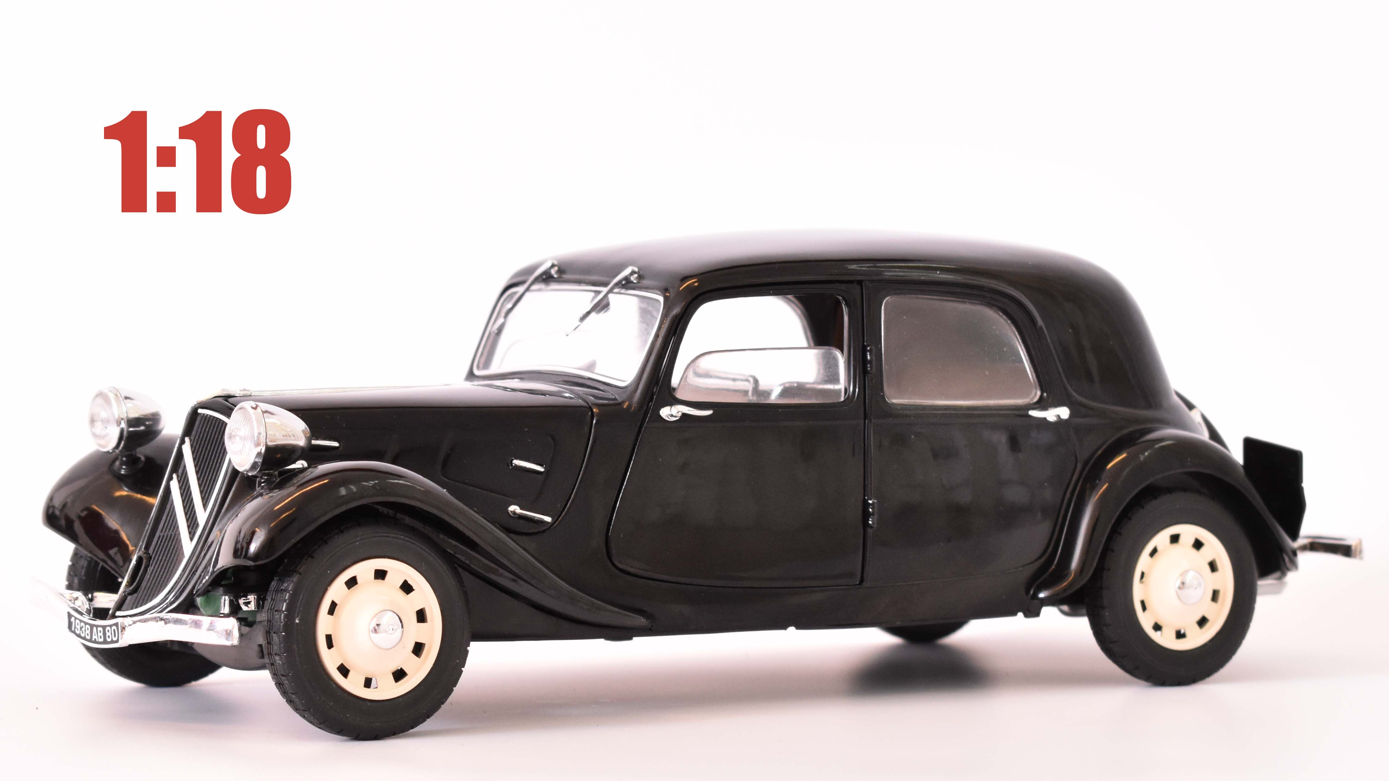 Citroen Traction 11CV - 1937 1:18 - Solido časopis AutoModels s modelem