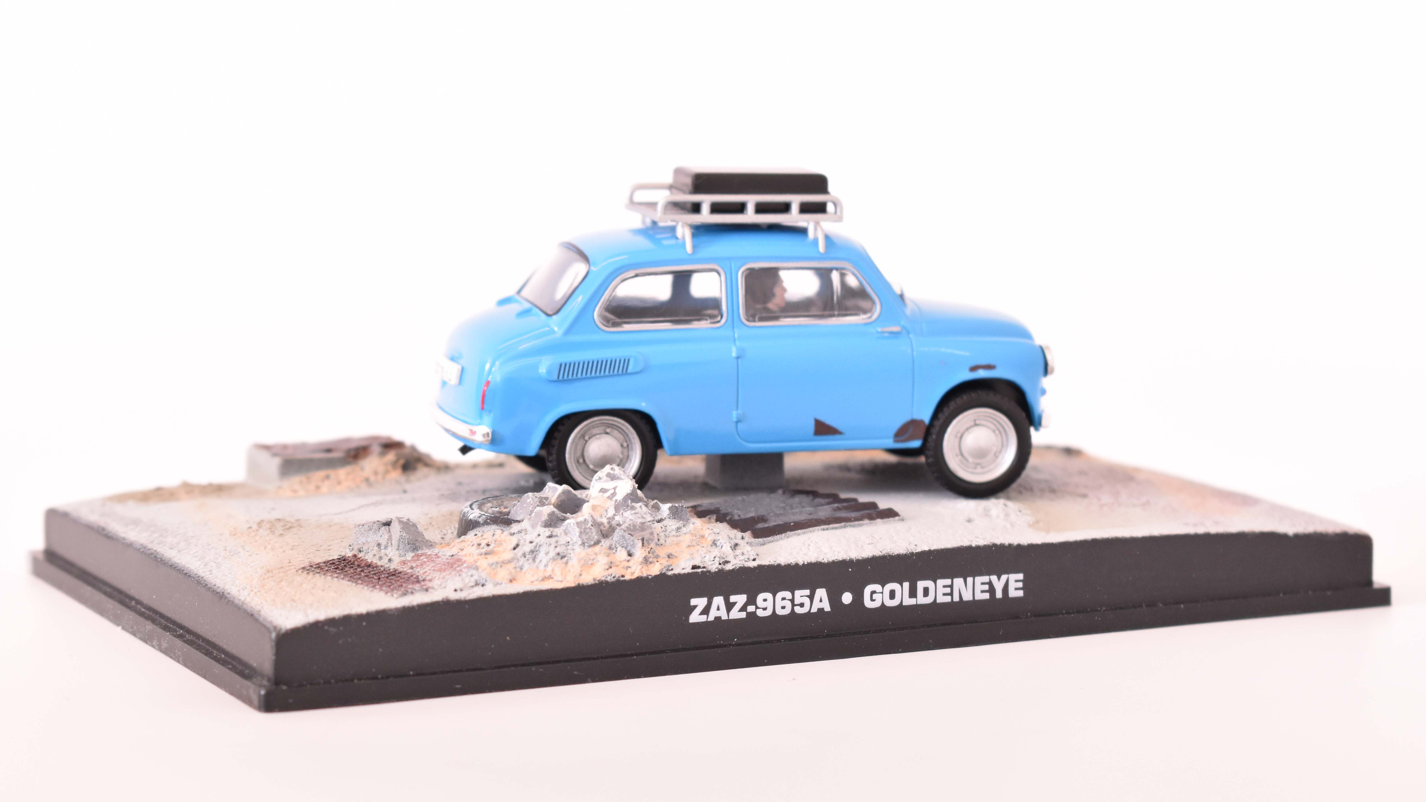 ZAZ 965A 1963 James Bond GoldenEye 1:43 časopis AutoModels s modelem