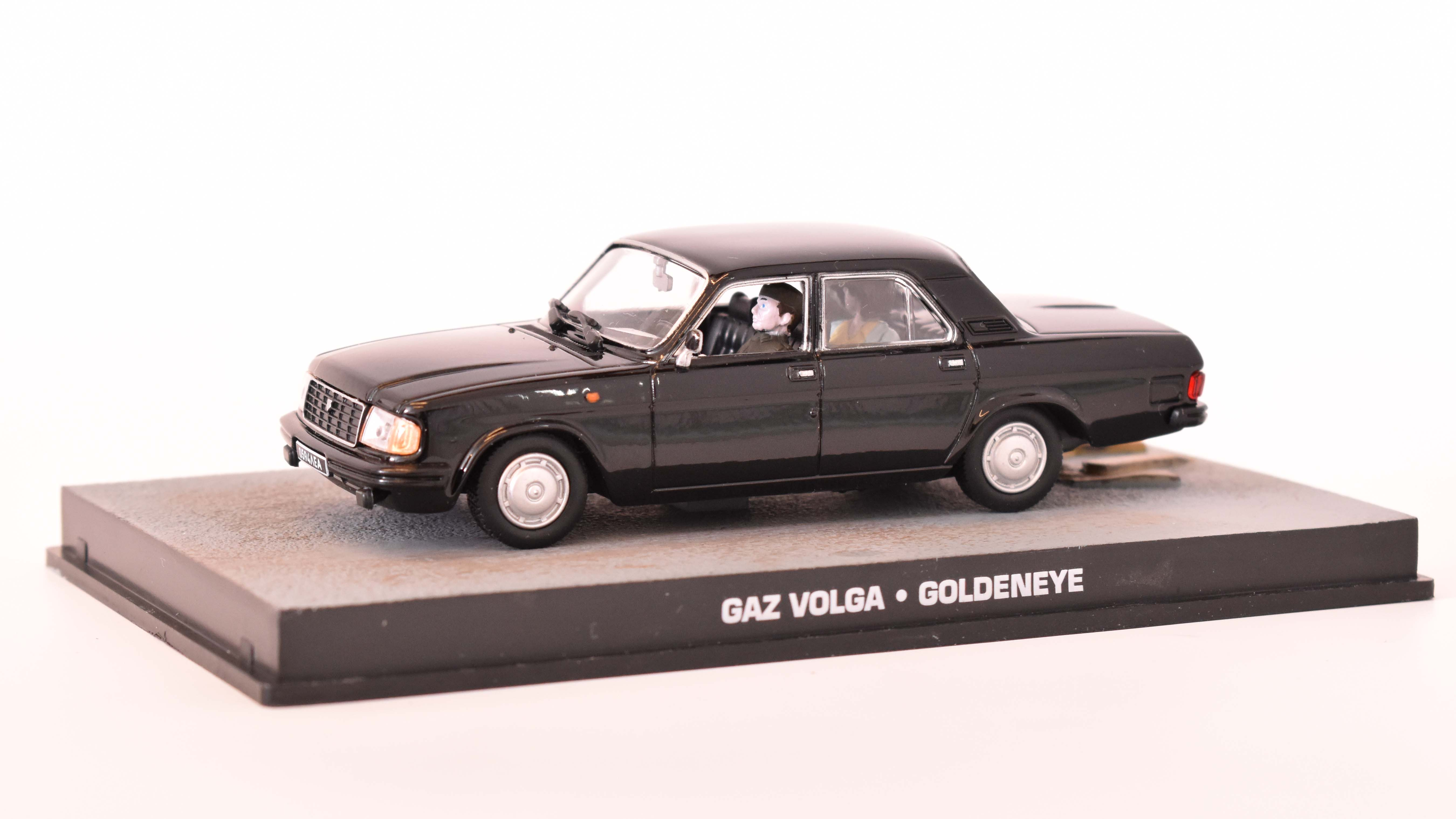 Volga GAZ 1992 James Bond 1:43 časopis AutoModels s modelem