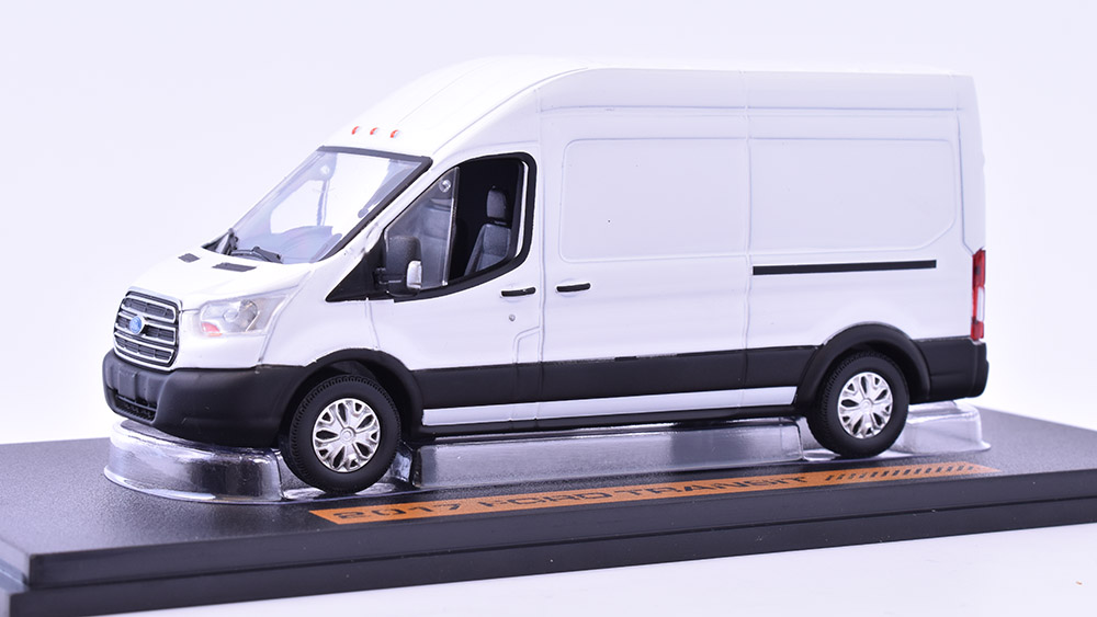 Ford Transit VAN High Roof 2017 1:43 GreenLight časopis s modelem