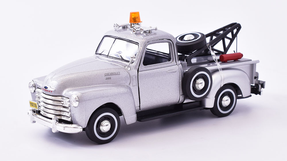 Chevrolet 3100 Pick-up 1953  1:43 - Cararama časopis s modelem