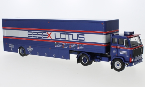 Volvo F89 Essex Lotus Race Transport 1:43 IXO Models