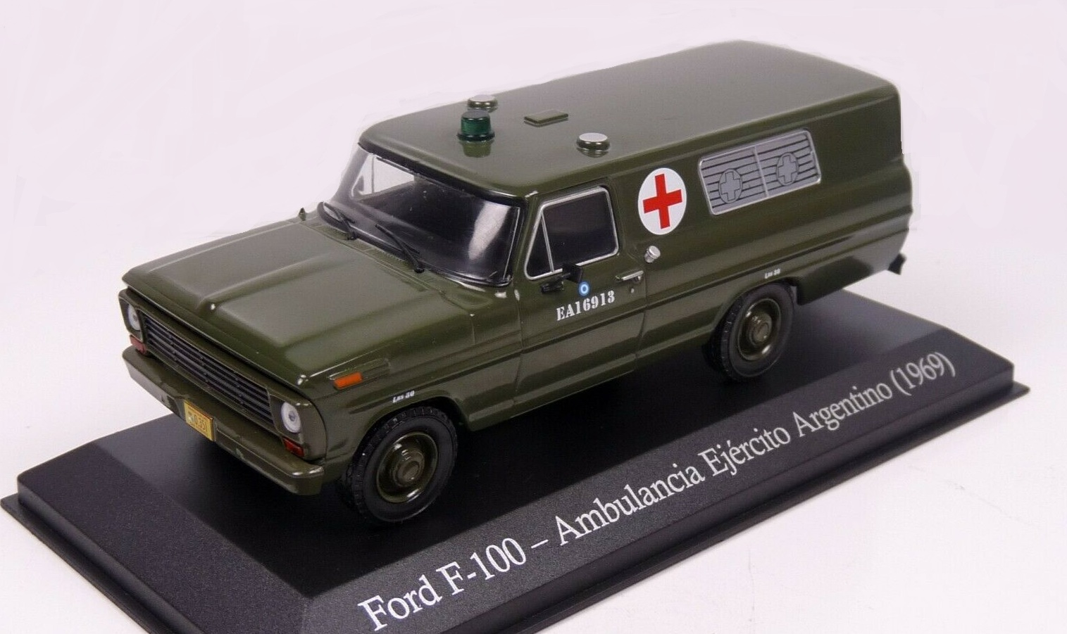 Ford F-100 Ambulancia Ejercito Argentino army - 1969 1:43 časopis s modelem
