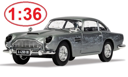 Aston Martin DB5, silver, James Bond 007 1:36 - CORGI
