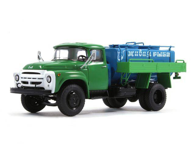 ACŽR (ZIL-130) 1974 - Start Scale Models