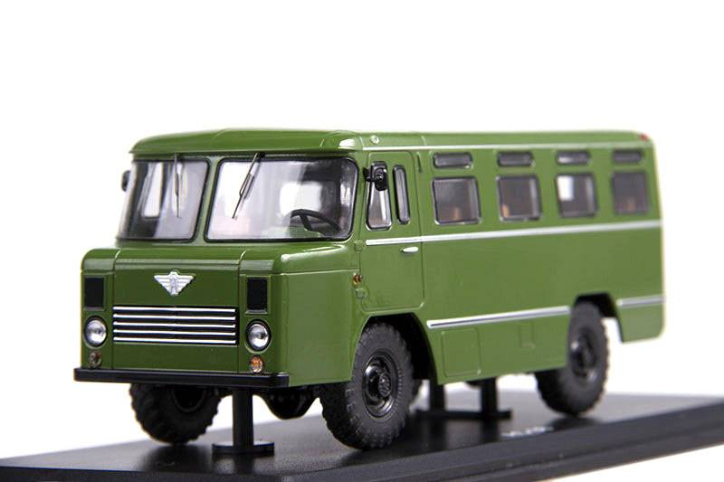 AS-38 (GAZ-66) 1:43 - Start Scale Models časopis s modelem
