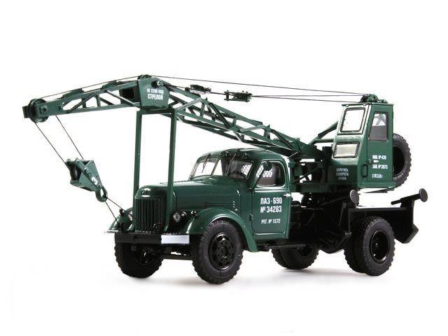 Laz-690 (ZIL-164) jeřáb - Start Scale Models