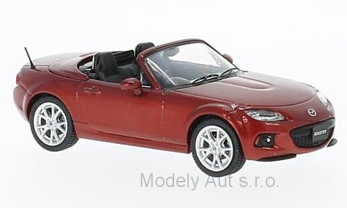 Mazda Roadster - 2013 1:43 - First 43 Models časopis s modelem