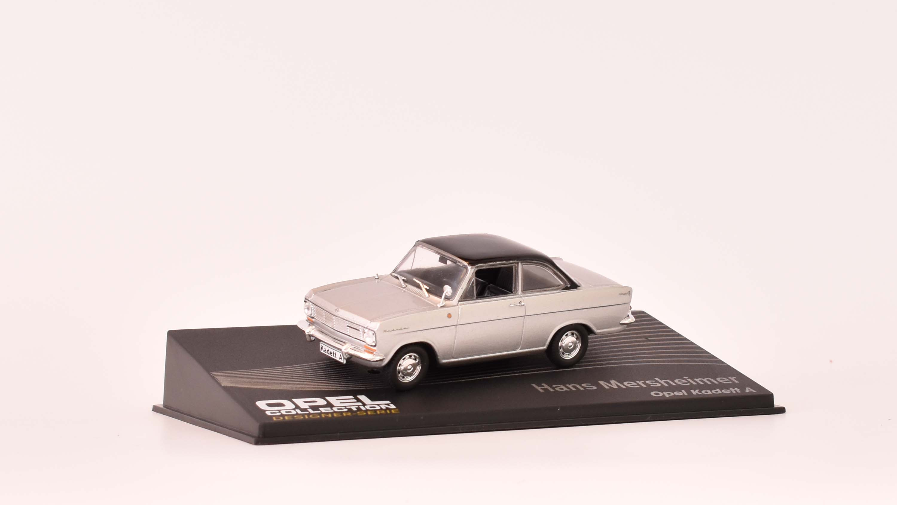 Opel Kadett A coupe 1:43 Opel collection časopis AutoModels s modelem